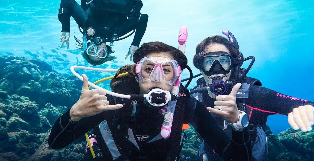 Scuba Diving (2)