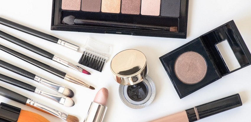 natural eye makeup products