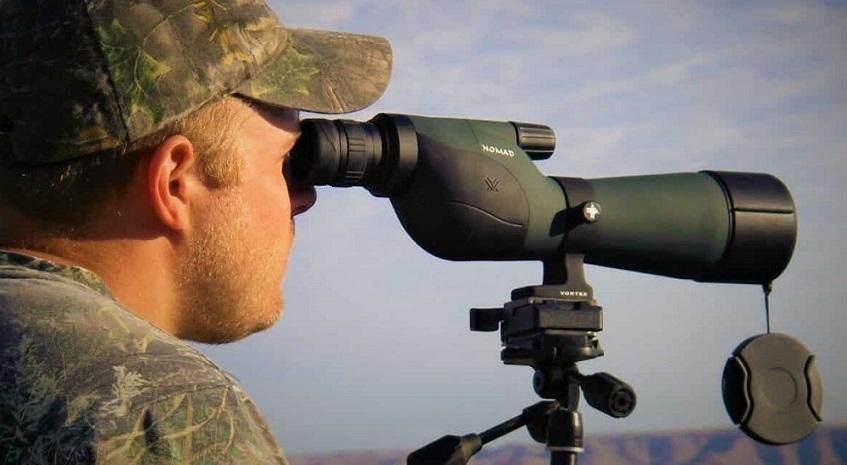 Spotting scope lens