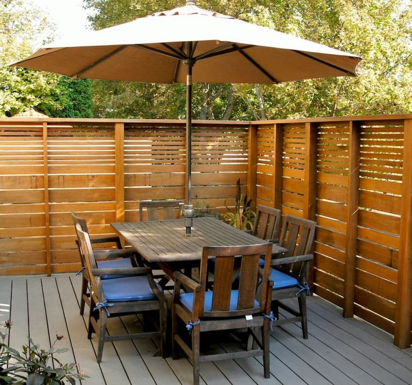 outdoor dining area fence