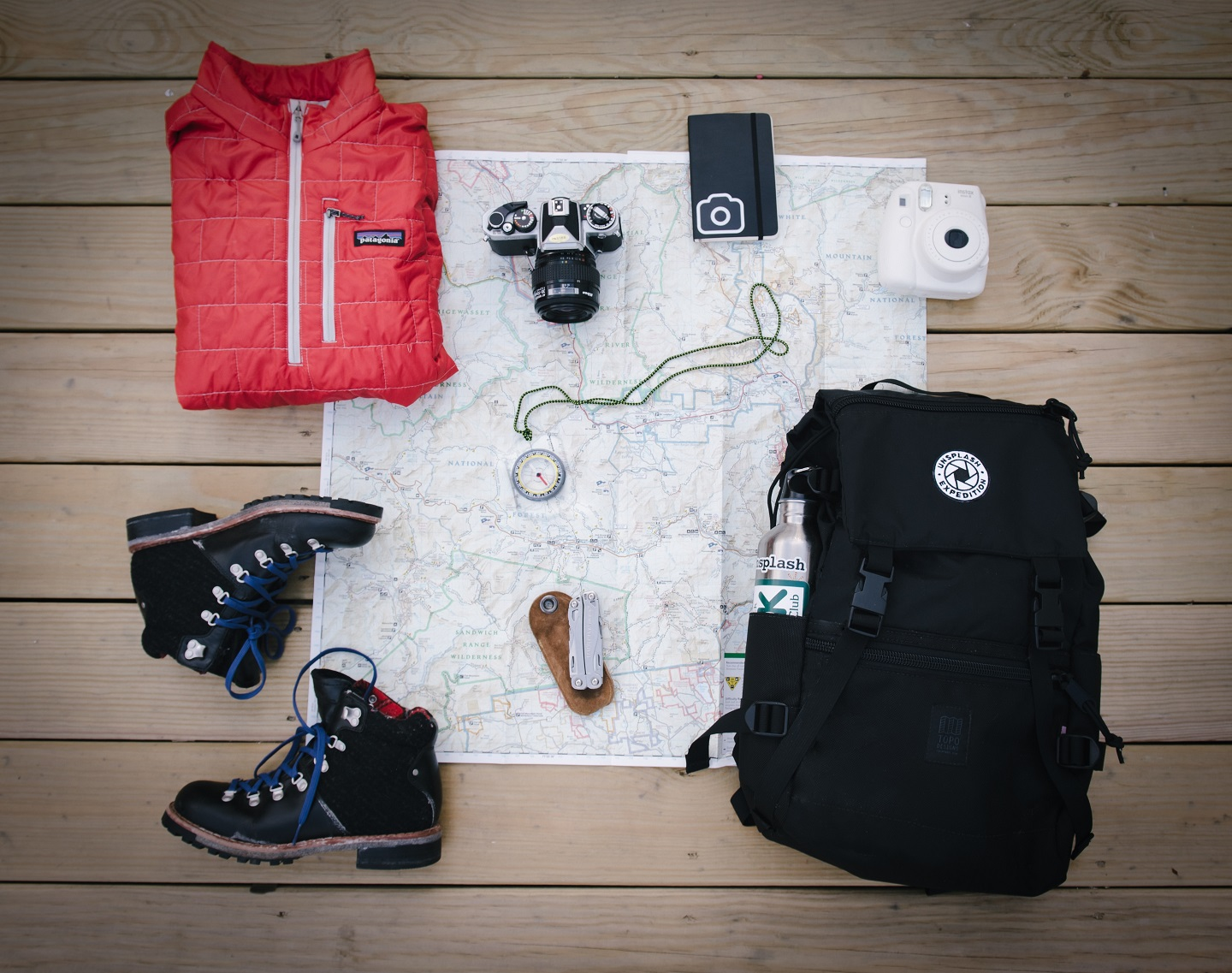 picture of an outdoor gear gift idea for him
