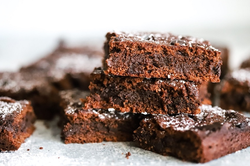 Frosted-Chocolate-Brownies